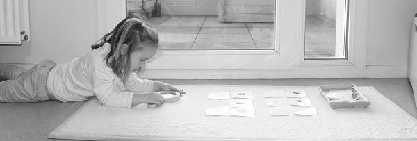 loupe atelier autonome maternelle
