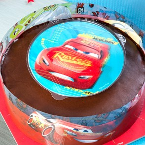 gateau_cars_678g_-_mise_en_situation