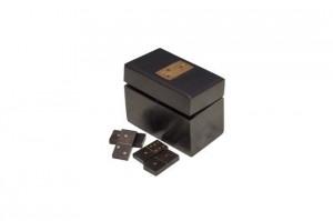 boite-en-bois-a-dominos-bouhey-avec-details-en-laiton-30010