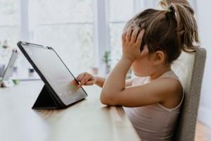Les effets néfastes des écrans sur nos enfants 01