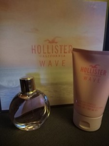 HollisterWaveCalifornia