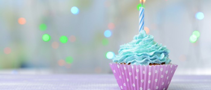 bigstock-Delicious-birthday-cupcake-on-75471103-848x500