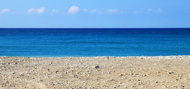 beach-2341_640